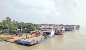 Ferry, launch services disrupted by strong current in Padma