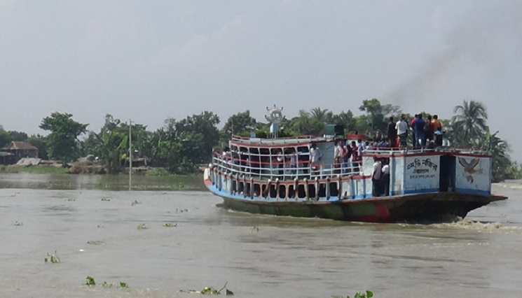 Ferry services on Paturia-Daulatdia route resume after 6 days