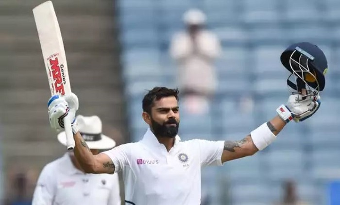 Kohli completes century as India extend advantage