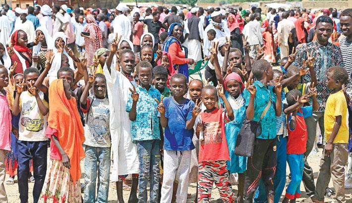 Displaced Sudanese children