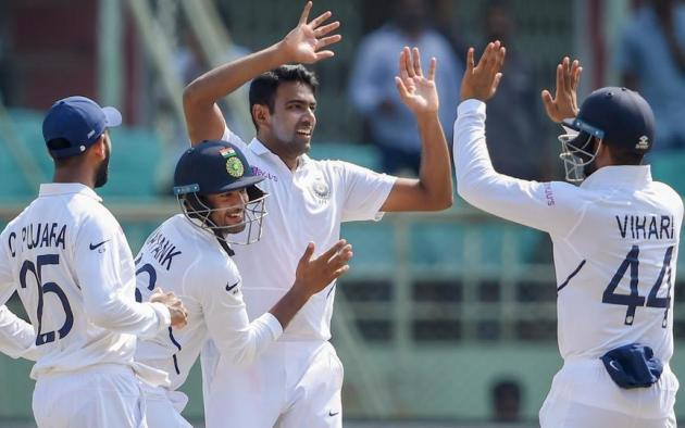 India dismiss Proteas for 275, hosts lead by 326 at Stumps