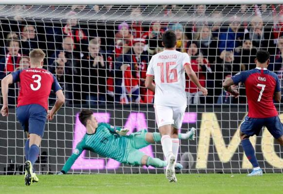 King penalty denies Spain in dramatic Norway draw