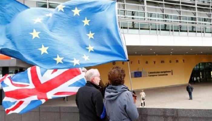 Brexit: EU ministers to be updated as talks continue