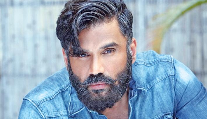 Suniel kickstarts shooting for his debut Hollywood project