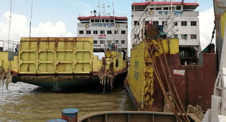 Ferry service on Shimulia-Kathalbari route suspended for indefinite period