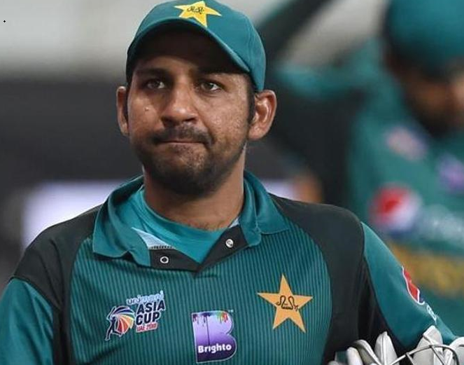 Pakistan's captain Sarfaraz Ahmed sacked