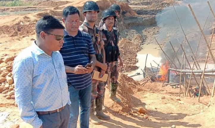 Stone lifting machineries worth Tk 75 lakh seized, destroyed in Sylhet