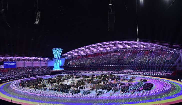 Spectators enjoy opening ceremony of Wuhan Military World Games