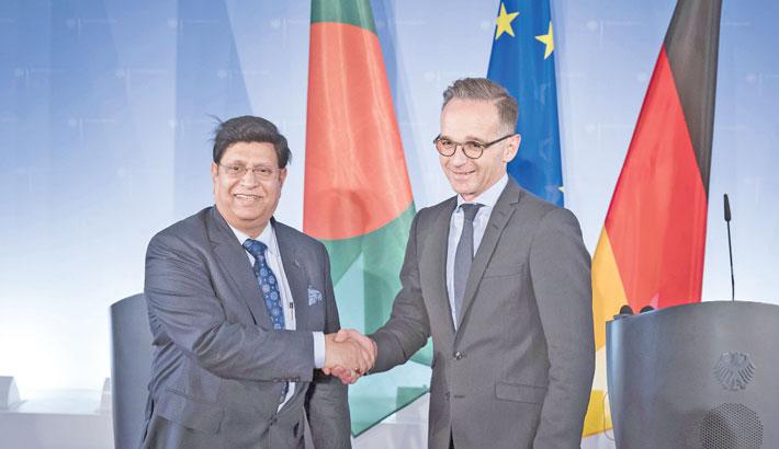FM opens 'Bangabandhu Corner' at Bangladesh embassy in Berlin