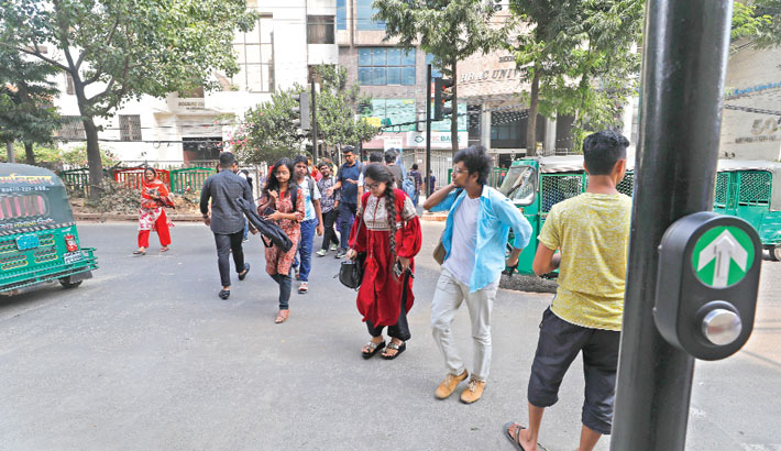 Pedestrians to get automated road crossing system