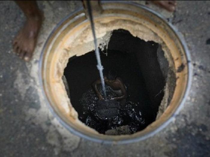 2 workers die 'inhaling toxic gas' in Bogura