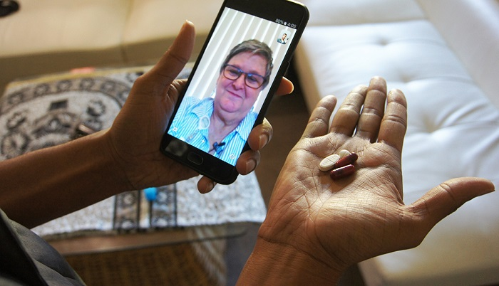 Smartphones can help heart patients take pills on time