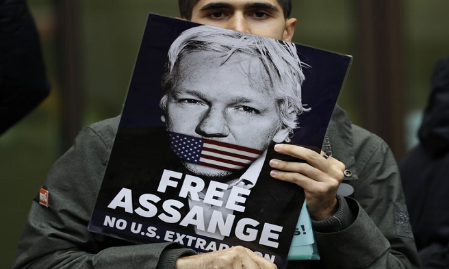 WikiLeaks founder Assange in UK court to fight extradition