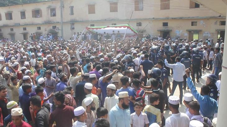 Remove Bhola SP, Borhanuddin OC within 72 hours, demand protesters