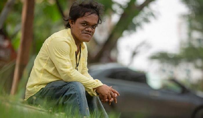 Actor Humayun Sadhu on life support