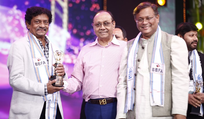 First ever Bharat-Bangladesh Film Awards ceremony rocks Dhaka