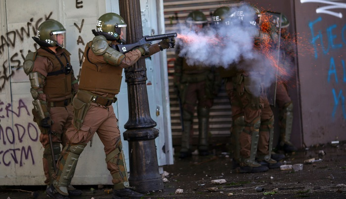 Chile extends curfew for second night after new clashes