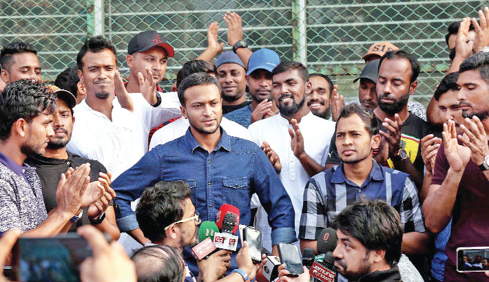 Tigers' India tour in doubt as cricketers stage strike