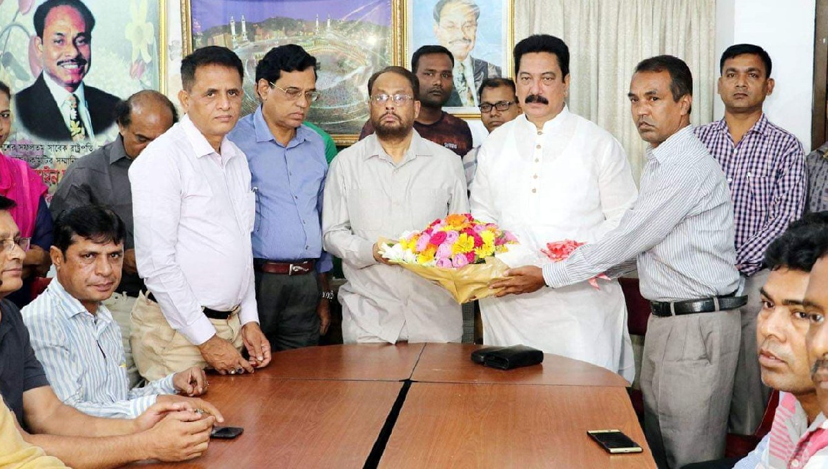 Bad politics ruining youths: GM Quader