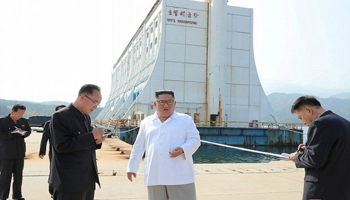 North Korean leader orders South's hotels at resort destroyed