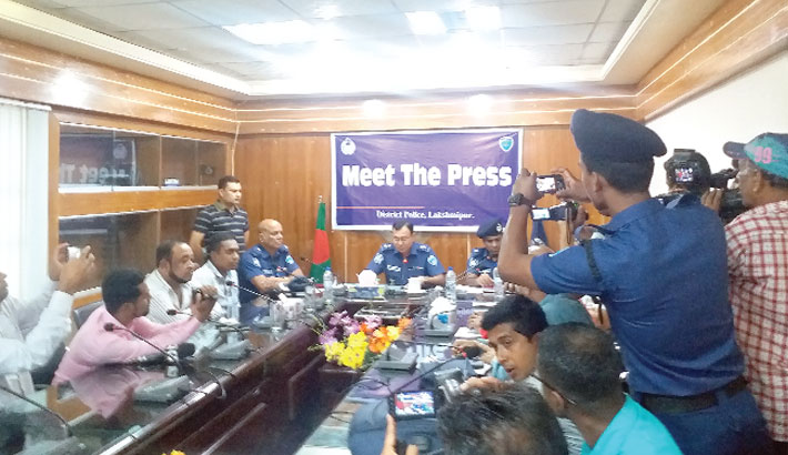 Meeting with journalists, social workers, politicians and members of law enforcement