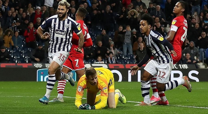 Championship leaders West Brom hit back to earn Barnsley draw