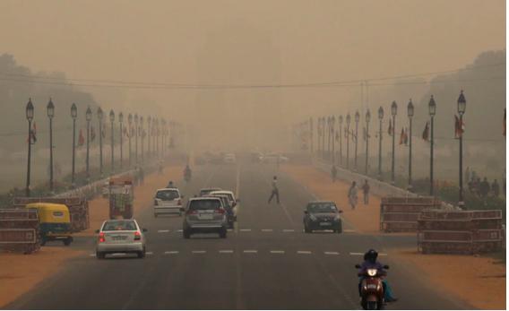 Public health emergency declared in Delhi, schools shut till Tuesday