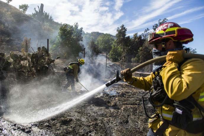 Teams make progress against latest major California blaze