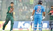 Smog succumbs to cricket