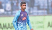 Mahmudullah leads by example to fill Shakib-sized gap