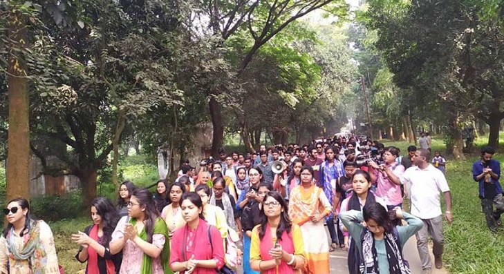Jahangirnagar University authorities threat to go tougher if students do not leave halls