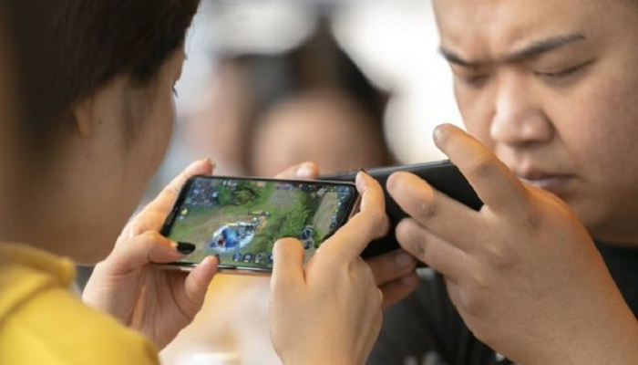 Video game addiction: China imposes gaming curfew for minors