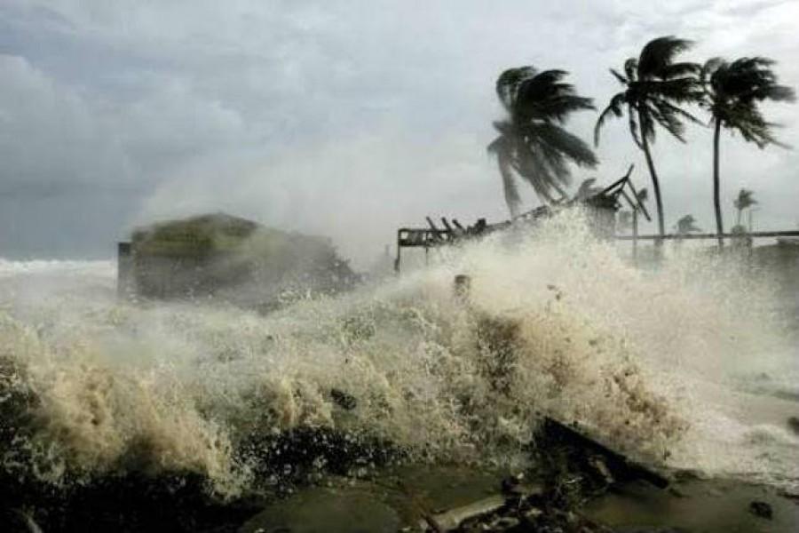 Bulbul: Great danger signal 10 for Mongla, Payra; 9 for Chattogram ports