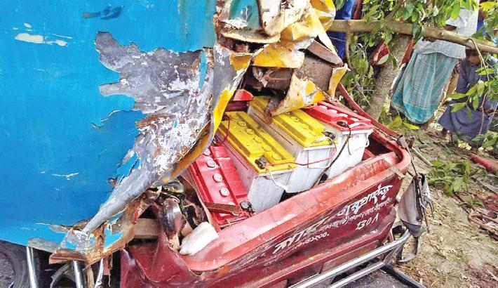 7 killed in Panchagarh road crash