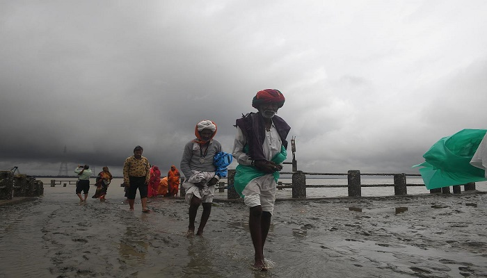 Cyclone Bulbul passes India's West Bengal