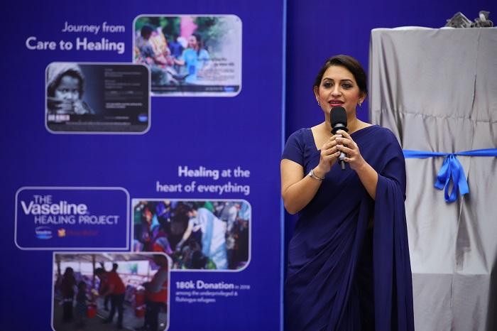 Bipasha Hayat inaugurates 'Vaseline Healing Project'