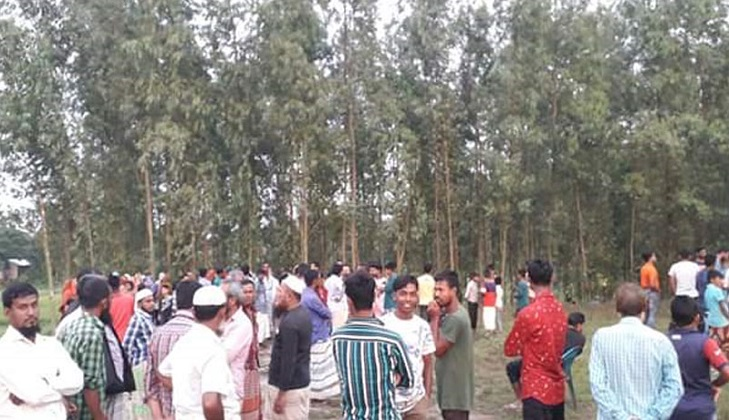 Father of three children killed following 'extra marital affair' in Bhairab