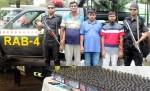 3 armed drug dealers held in city