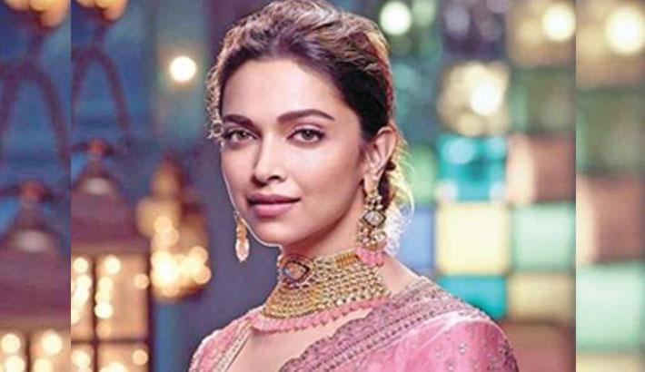 Deepika joins SRK, Karan; to attend 50th WEF annual meet