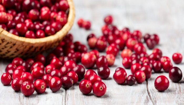 Know the various benefits of cranberry