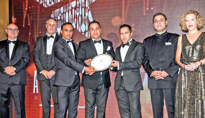 Platinum Lounge wins International Curry Life Awards