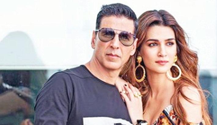 Kriti to reunite with Akshay in Bachchan Pandey