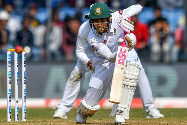 Mushfiqur gets fifty but India on top
