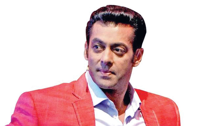 Salman Khan negotiates Eidi on Christmas?