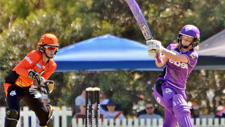 Aussie cricketer gets one-year ban for posting team online