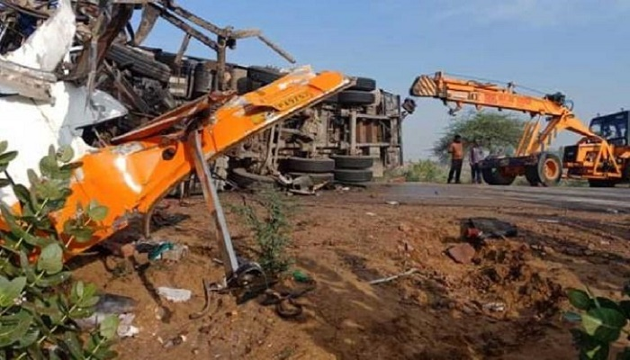 10 killed, 22 injured as bus collides with truck in India's Rajasthan