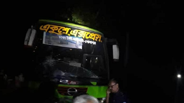 3 youths killed as bus crashes motorbike in Noakhali