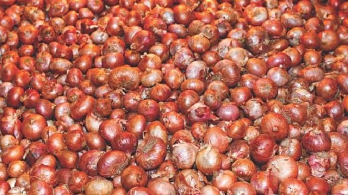 Onion price dropped Tk 10-20 per Kg on Sunday