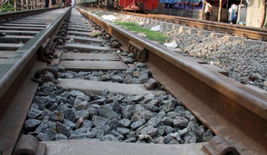 Man crushed to death under train wheel in Jamalpur
