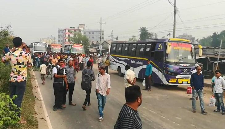 Transport workers withdraw road blockade in Gazipur